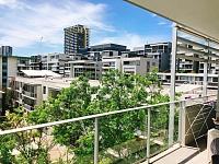 Rhodes       水边小区高层公寓 超大双人房招租