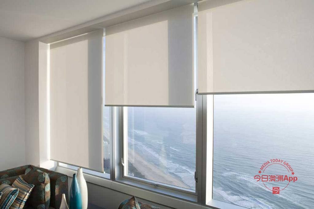 澳洲百年门窗主营纱门纱窗 防盗门及各式窗帘 玻璃门窗