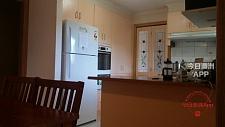 Bundoora     kingsbury 86路60站50米la trobe uni五室两卫房子招租