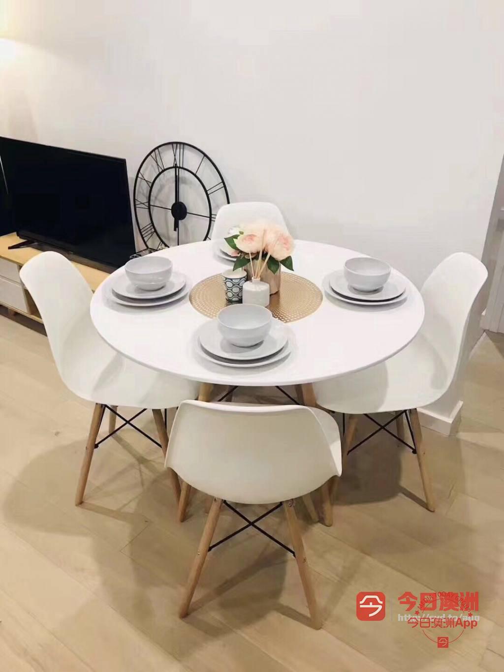 欧式全新餐桌椅 到货