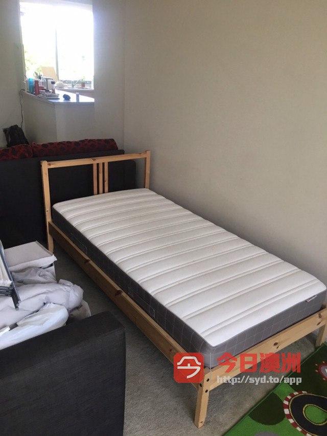 单人套床90起  双人套床160起 买大送小