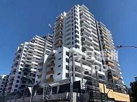 Burwood  Grand 全新 高层2房2卫1车位 和3房 出租