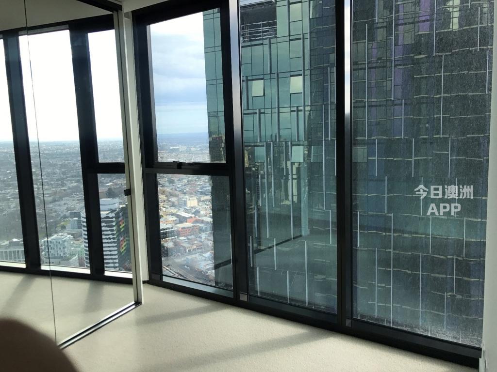 Melbourne City 墨尔本CBD全新55楼2房1卫1厅高层豪华公寓招整租 3分钟走到墨尔本理工大学