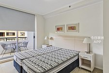Sydney Furnished one bedroom with secure parking