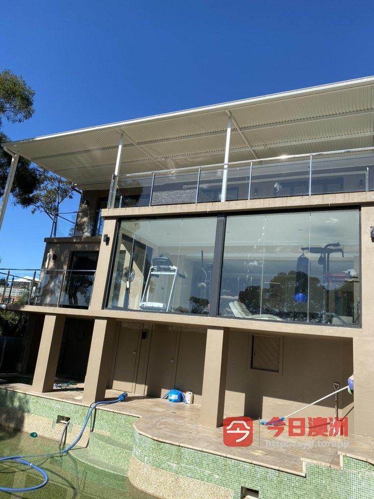 最专业的屋顶补漏清理水槽换水槽洗瓦喷漆做各种异型凉棚