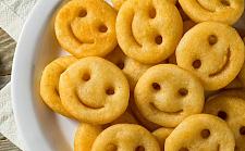 仅售$4.3!Smiles土豆饼时隔12年回归,澳人直呼爷青回(组图)