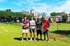悉尼大学网球教练陪练