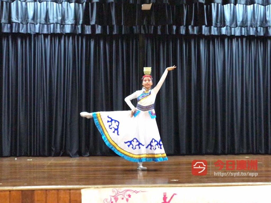 招聘舞蹈美术音乐等兴趣班老师
