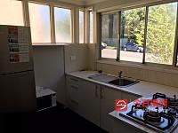 Auburn  新装修三房一厨一卫小房招男生140元包水电煤网