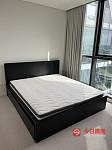 95新宜家king size大床和床垫 可议价