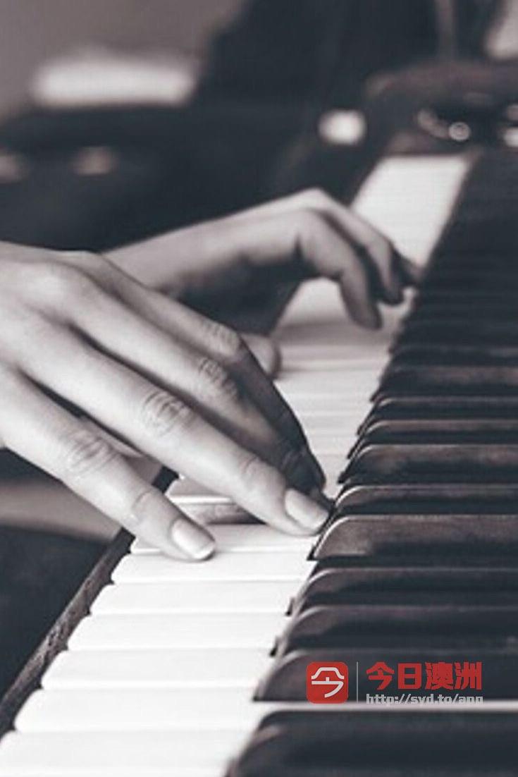 即兴伴奏教学 让你一学就会边弹边唱