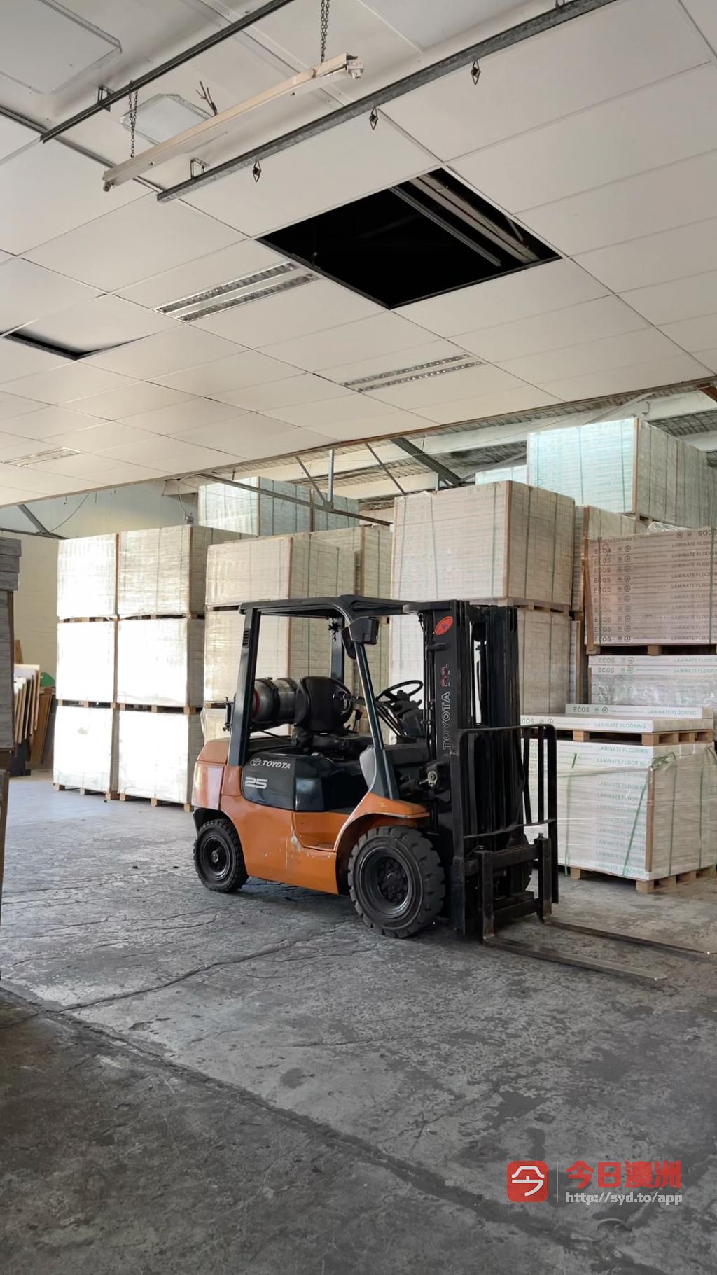 Green ECOS地板厂家仓储直销专业安装一条龙服务